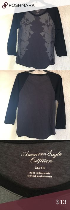 American Eagle Outfitters - Jr. XL - Top American Eagle Outfitters - Jr. XL - Top - 3/4 Length. Excellent Condition. Sleeves to me are soft and cozy feeling. Top is stretch very comfortable. It's just to small. Worn once. American Eagle Outfitters Tops Blouses