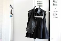 walk-in closet, metal locker, white interior, Scandinavian interior, Nordic interior frichic.com