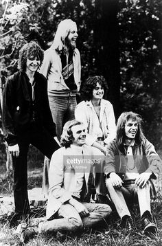 Photo of Rick WAKEMAN and YES and Steve HOWE and Jon ANDERSON and Alan WHITE and Chris SQUIRE; Clockwise from left: Chris Squire, Rick Wakeman, Jon Anderson, Steve Howe, Alan White - posed, group shot. This was the original Yes. Fabulous.