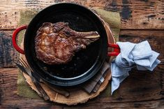 How to Cook a Steak in a Cast Iron Skillet, step by step with photos. Perfectly cook a steak every time! Iron Skillet Recipes, Cast Iron Recipes, Skillet Meals, How To Cook Lobster, How To Cook Steak, Deep Dish, Beef Dishes, Food Dishes, Main Dishes