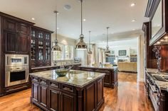 This beautiful French provincial house design showcases the formal style grand French Country Bedrooms, French Country Decorating, Country Style Homes, French Country Style, French Provincial Home, Mahogany Cabinets, Dark Cabinets, French Kitchen, Dining Nook