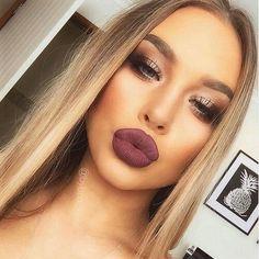 Bronze & Bold Lips. Perfect Combo.