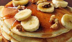 4 Super-Simple Banana Snack Hacks In 92 Seconds Snack Hacks, Banana Snacks, Banana Pancakes, Oatmeal Pancakes, Banana Frita, Sweets Recipes, Desserts, Free Recipes, Fried Bananas