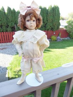 Dianna Effner Porcelain Doll Little Girl with a Curl 2nd Issue 1991 Mother Goose Series