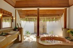Million Dollar Bathrooms | Bathrooms / Oh yes . . . If I had a million dollars. Maybe once I ...