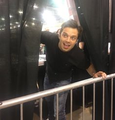 THIS IS WHEN HE SNEEZED & EVERYONE BEHIND HIM SAID BLESS YOU & HE PEAKED HIS HEAD OUT & THANKED THEM - Sebastian Stan everyone