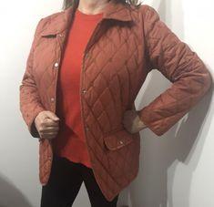 Parka Tierra Talla L: Parka color tierracon broches Calvin Klein, Winter Jackets, Blazer, Fashion, Leather Jacket, Jackets, Gray Fabric, Winter Coats, Moda