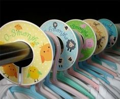 LOVE!!!! Use old CDs to separate kids clothes...Brilliant