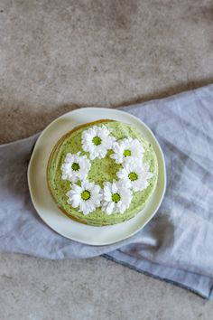 Matcha Cake, Hummus, Latte, Tea, Tableware, Ethnic Recipes, Food, Inspiration, Biblical Inspiration