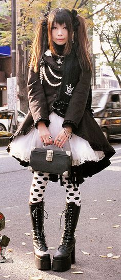 Punk Lolita wearing items from various brands. Kera Maniax Vol. 10, 2008.