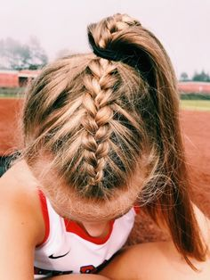 hairstyles up in a ponytail hairstyles cornrows braid hairstyles hairstyles with 4 packs of hair hair vines hairstyles girl with weave hairstyles quiff hairstyles Game Day Hair, Athletic Hairstyles, Hairstyles For Volleyball, Box Braids Hairstyles, Hairstyle Ideas, Track Hairstyles, Braided Ponytail Hairstyles, Hairstyle Short, Famous Hairstyles