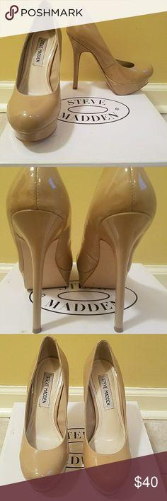 Heels Size 6 Steve Madden Nude Heels. Excellent Condition, Worn twice. Steve Madden Shoes Heels