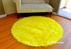 Faux Fur Soft Silver//Grey Circular Sheepskin Style Rug Available in 2 Sizes 68cm Diameter