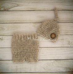 Amaia handmade - crochet photo props: Crochet set - pants and hat https://www.etsy.com/l...