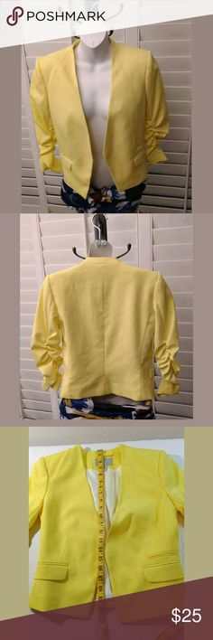 H&M Yellow Blazer Jacket Size 6 NWOT H&M Yellow Blazer Jacket Size 6 NWOT  Slight padded at shoulders, ruched at elbows. Great pairing with jeans and your favorite pants.  Please refer to pictures for measurements. Note up for sale is for the yellow jacket only. Happy shopping H&M Jackets & Coats Blazers