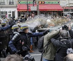 New Violence in Paris — This Time From Climate Change Marchers - http://streetiam.com/new-violence-in-paris-this-time-ffrom-climate-change-marchers/