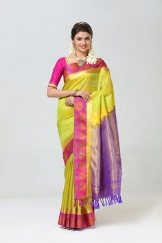40fd69bdb2b379 Advertising photographers. Silk Saree Photoshoot. #silk #saree #kanchipuram  #weddingsarees #wedding #pattu #jewellery #indian #female #model #latest