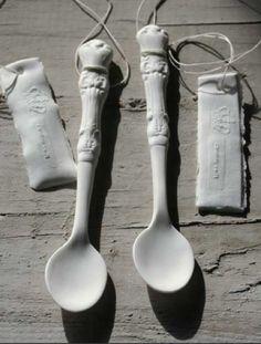 http://sunset-vine.tumblr.com/post/9708096955/for-the-home-bone-china-spoons