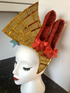 Photo of the bespoke Wizard of Oz inspired headdress here at Pearls and Swine www.pearlsandswine.com Dorothy Gale, Wizard Of Oz, The Wiz, Headdress, Fascinator, Bespoke, Literature, Hair Accessories, Textiles