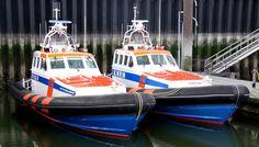 Reddingboot Jan van Engelenburg voor onderhoud naar de werf. De Christien vervangt. 03-05-2013 http://www.knrm.nl/waar-wij-zijn/reddingstations/hansweert/nieuws/?contentID=6BA9ACB1