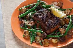 Recipe: Seared Hanger Steak with Rosemary Fingerling Potatoes & Green Bean Salad - Blue Apron Steak Potatoes, Fingerling Potatoes, Rosemary Potatoes, Green Bean Salads, Green Beans, Beef Recipes, Cooking Recipes, Healthy Recipes, Cooking Ideas