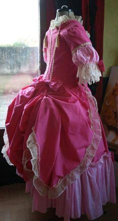 Historical Women, Historical Clothing, Vintage Outfits, Vintage Fashion, Vintage Clothing, Corset, Victorian Era Dresses, Girly, Cosplay