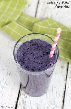 Skinny PB&J Smoothie Recipe (vegan) #littlechanges – Mom Foodie...