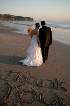 Sand Writings for Your Special Day - Beach Wedding Tips