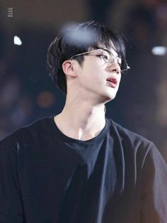 Find images and videos about kpop, bts and jin on We Heart It - the app to get lost in what you love. Bts Jin, Jimin, Jin Kim, Bts Bangtan Boy, Jungkook Glasses, Seokjin, Kim Namjoon, Taehyung, Foto Bts