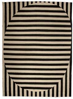 tapis rayé noir et blanc by Alberto Pinto