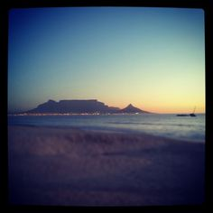 Bloubergstrand in iKapa, Western Cape Table Mountain, Holiday Destinations, Cape Town, Four Square, South Africa, Westerns, Celestial, Sunset, Beach