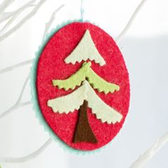 Felt Tree Ornaments - Cute and easy :)