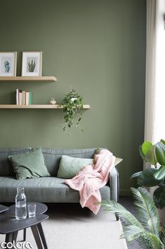 green wall - Ikea DIY - The best IKEA hacks all in one place Light Green Walls, Sage Green Walls, Sage Living Room, Living Room Decor, Interior Design Living Room, Living Room Designs, Green Lounge, Room Colors, Decoration