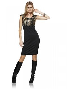 Black dress with contrast animal-print
