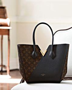 Womens Handbags & Bags : Louis Vuitton Handbags collection & more luxury details