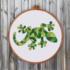 Geometric Lizard cross stitch pattern decor cross by ThuHaDesign