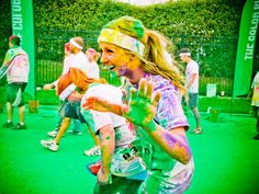 """""""The Color Run"""": World's most colorful 5KPictures - CBS News"""
