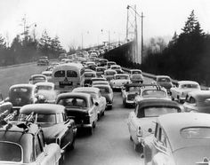 Lions Gate Bridge 1954 - nothing has changed! Old Pictures, Old Photos, Vintage Photos, Lions Gate, North Vancouver, Photo Boards, Historical Images, The Province, The Good Old Days