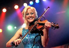 Anyone love the Dixie Chicks? Here's Martie Maguire!