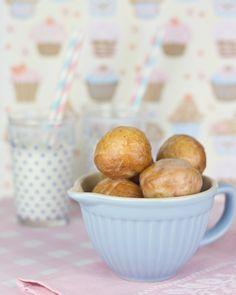 Objetivo: Cupcake Perfecto.: Bolas de donuts (esto es amor bloguero y lo demás son tonterías)