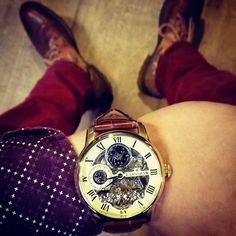 """Thanks @chendo_ritchie voor deze gave #wristshot van de Thomas Earnshaw Longitude! Tag nu ook jouw wristshots met #watch2day, en wellicht featuren we jouw foto op onze wall! #watch2day #wristporn #thomasearnshaw #instagood #instawatch #watchfreak #style #mensfashion #menswear #fashion #classic #watchfam"" Photo taken by @watch2day on Instagram, pinned via the InstaPin iOS App! http://www.instapinapp.com (09/25/2015)"