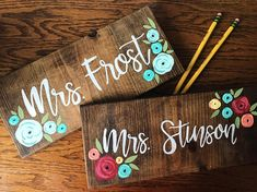 Teacher Name Sign Custom Name Sign Teacher Gift Last Name Sign painted Wood Sign Classroom Sign Classroom Decor Wood Teacher Sign Teacher Name Plates, Teacher Name Signs, Painted Name Signs, Classroom Signs, Classroom Decor, Science Classroom, Silkscreen, Science Teacher Gifts, Diy Wood Signs