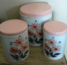 Sale 15 percent Off ... 3 Pce PINK lids by CndnPrairieAntiques, $40.00