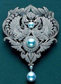 Mikimoto Brooch Collection | Mikimoto(御木本)Beautiful brooch! I've really gotten to like ...