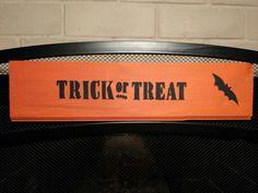 Small Halloween sign