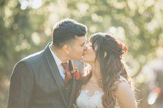 Fotografía de matrimonios   bodas al aire libre   fotógrafo de matrimonios en Chile Couple Photos, Couples, Outdoor Weddings, Fotografia, Pictures, Couple Shots, Couple, Couple Pics