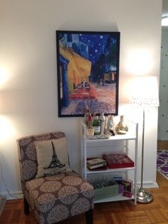 First month in your new place: start decorating! Tips for hanging art, using rugs to define separate spaces and hanging curtains. http://studiostyleblog.com/2014/03/06/phase-seven-first-month-in-your-new-place/