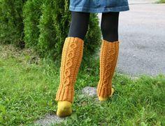 Ravelry: Penni pattern by Hanna-Kaisa Hämäläinen Boot Cuffs, Knitting Accessories, Leg Warmers, Handicraft, Ravelry, Free Pattern, Socks, Crochet, How To Make