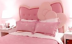 Hello Kitty Headboard Ideas for Girl�s Bedroom