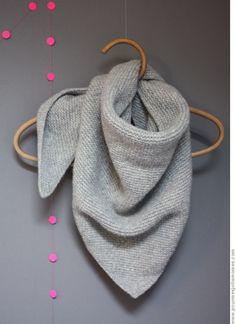 New Crochet Scarf Diy French Ideas Crochet Diy, Love Crochet, Look Fashion, Diy Fashion, Knitting Patterns Free, Crochet Patterns, Diy Scarf, Knitted Shawls, Knitting Yarn